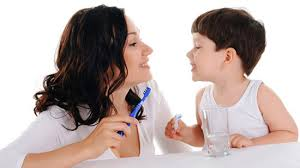 Khi nào thì nên cho trẻ đánh răng?